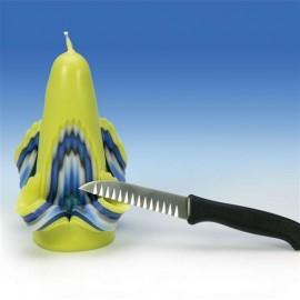 Couteau dentelé pour sculpter les bougies
