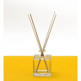 Solution sans alcool pour parfums d'ambiance
